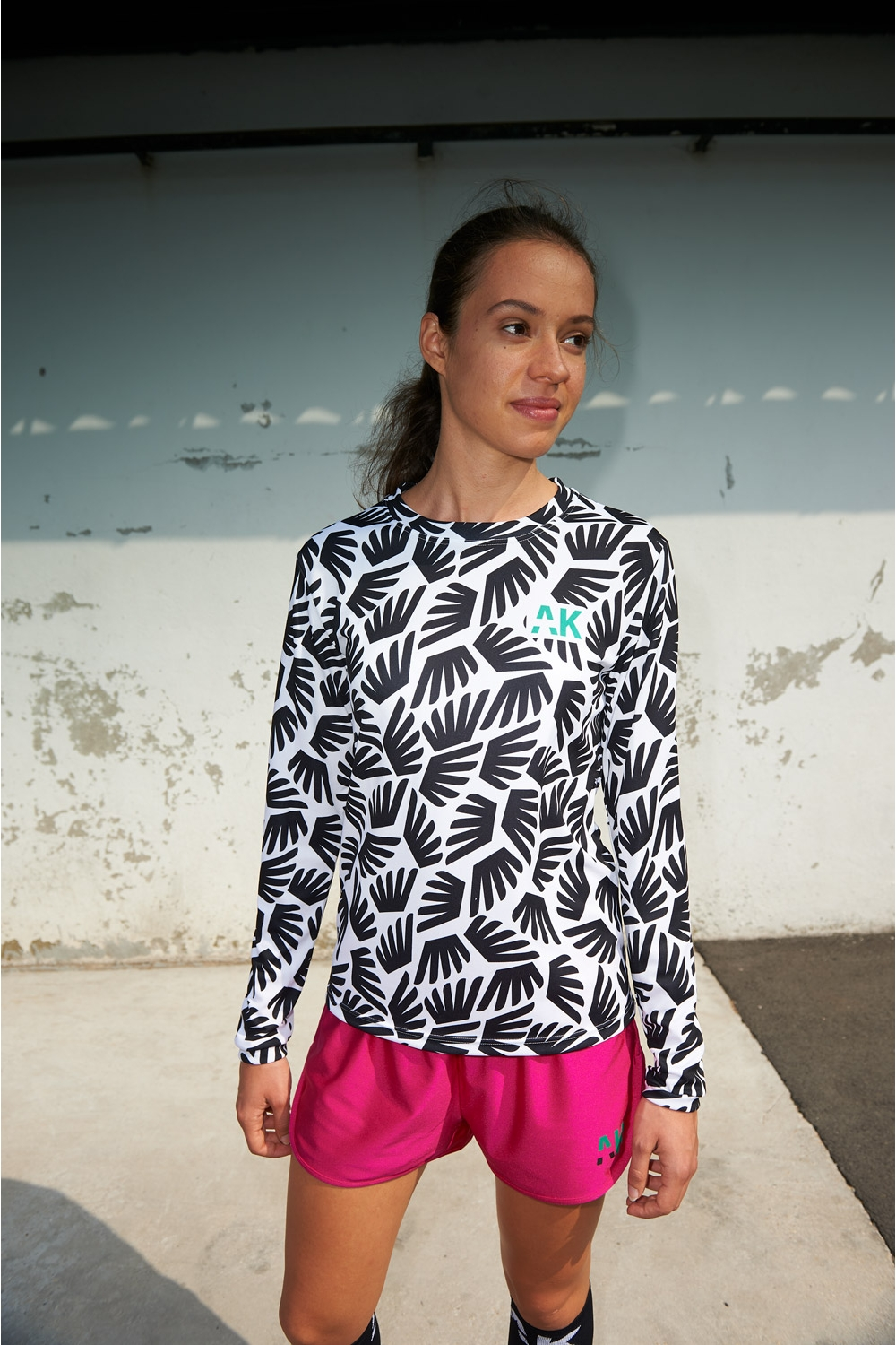 Gigi Winged Jersey - Women's Football - Half-distance front view