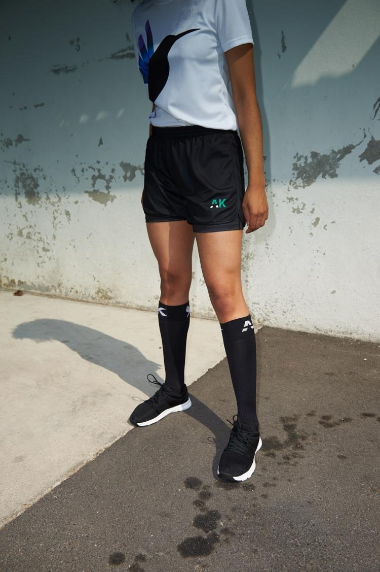 Short avec sous-short intégré Mia - Football Femme - Vue de face