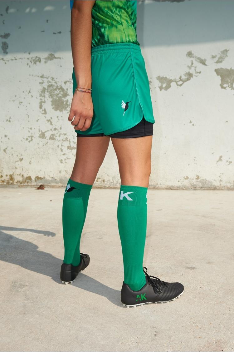 Short avec sous-short intégré Mia - Vert - Football Femme - Vue de dos 3/4