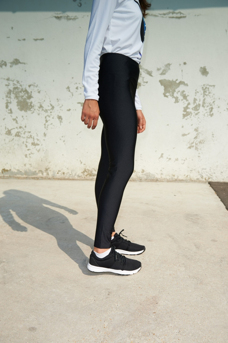 Legging Michelle - All Black - Football Femme - Vue de côté