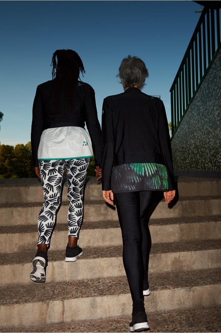 Legging Michelle - All Black - Ailé - Football Femme - Vue de dos