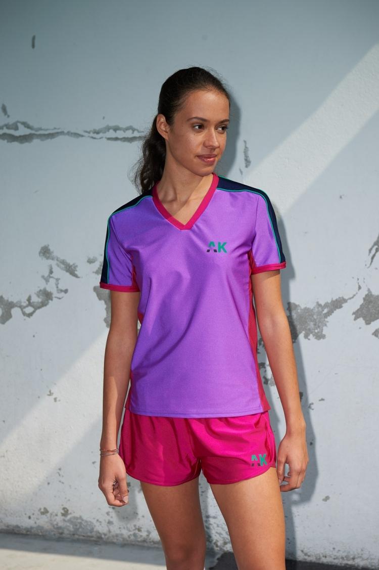 Short Nettie - Rose Jam - Football Femme - Vue de face avec maillot Honeyball